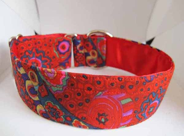 Satin Lined Red Molly Cotton House Collar