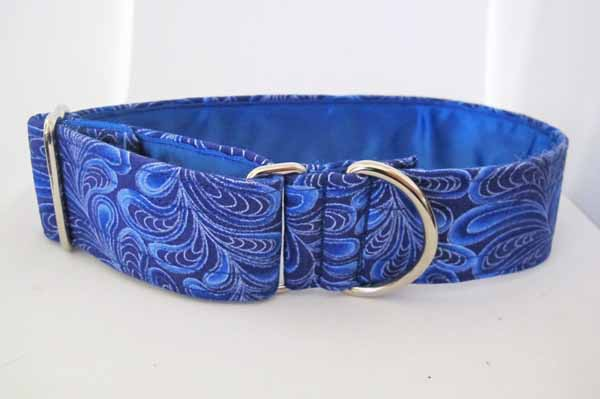 Blue Satin Lined Swirly House Collar