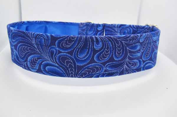 Blue Satin Lined Darcy Cotton House Collar