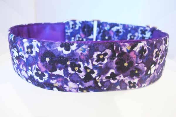 Satin Lined Viola Cotton House Collar